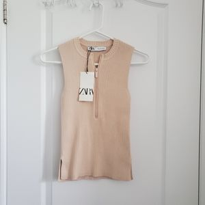 BNWT SOLD-OUT Sleeveless Knit Zip-Up